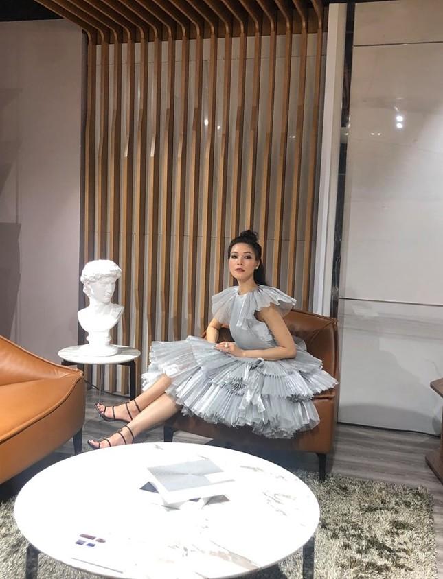 Hoa hậu Tiểu Vy gây sốt khi để mặt mộc đọ sắc bên Á hậu Phương Nga, Thuý An ảnh 6