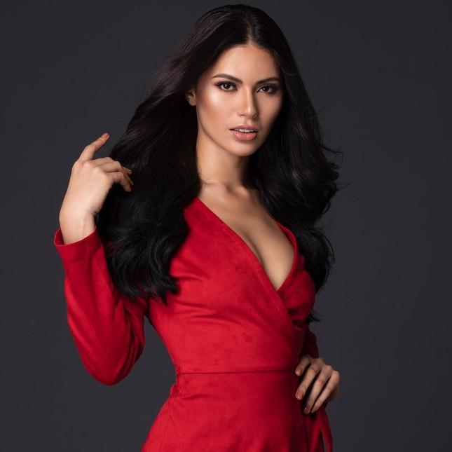Ngắm nhan sắc nóng bỏng không tì vết của tân Hoa hậu Hoàn vũ Philippines ảnh 2