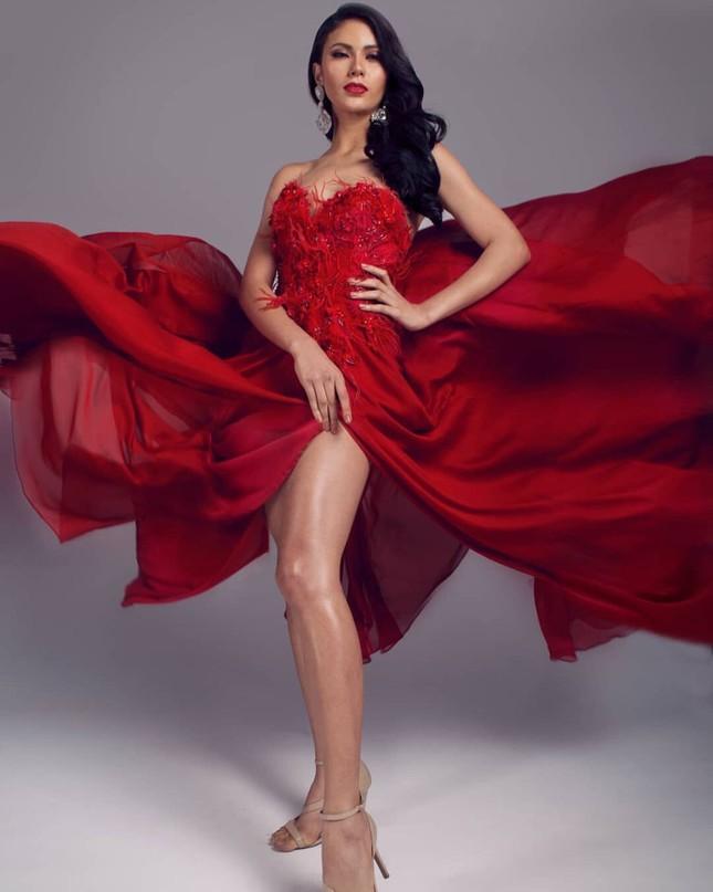 Ngắm nhan sắc nóng bỏng không tì vết của tân Hoa hậu Hoàn vũ Philippines ảnh 3