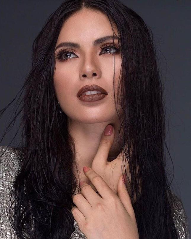 Ngắm nhan sắc nóng bỏng không tì vết của tân Hoa hậu Hoàn vũ Philippines ảnh 5