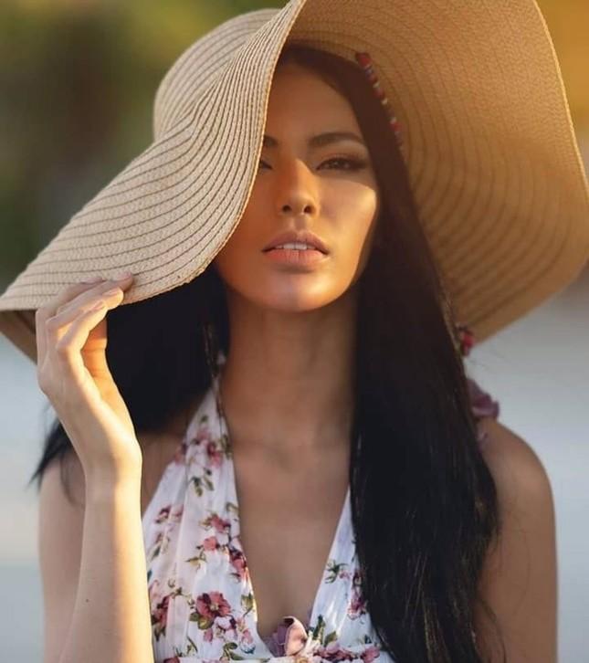 Ngắm nhan sắc nóng bỏng không tì vết của tân Hoa hậu Hoàn vũ Philippines ảnh 6