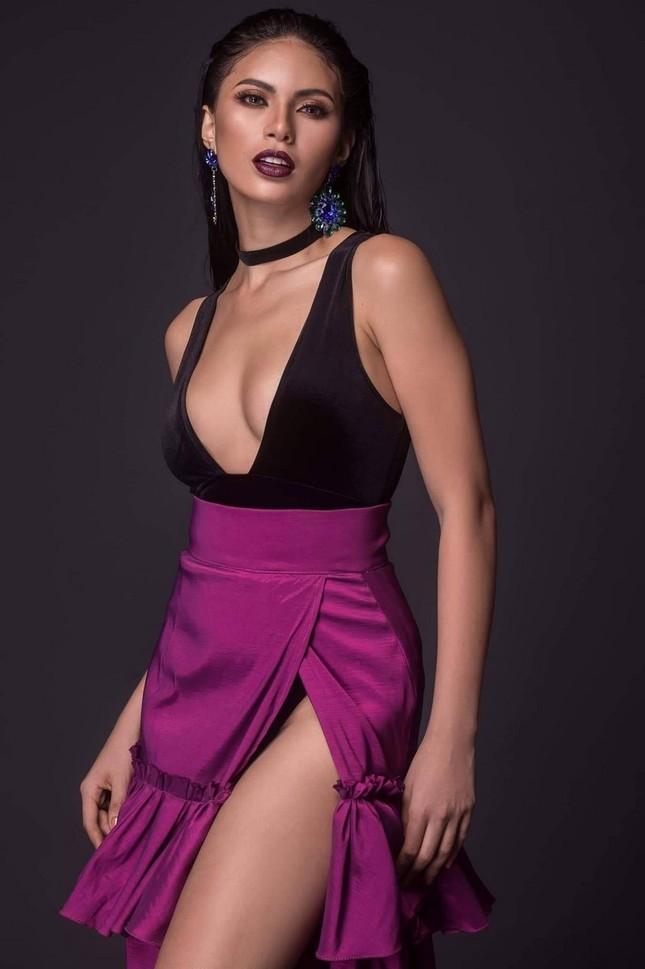 Ngắm nhan sắc nóng bỏng không tì vết của tân Hoa hậu Hoàn vũ Philippines ảnh 9