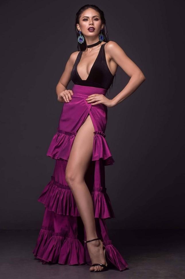 Ngắm nhan sắc nóng bỏng không tì vết của tân Hoa hậu Hoàn vũ Philippines ảnh 12