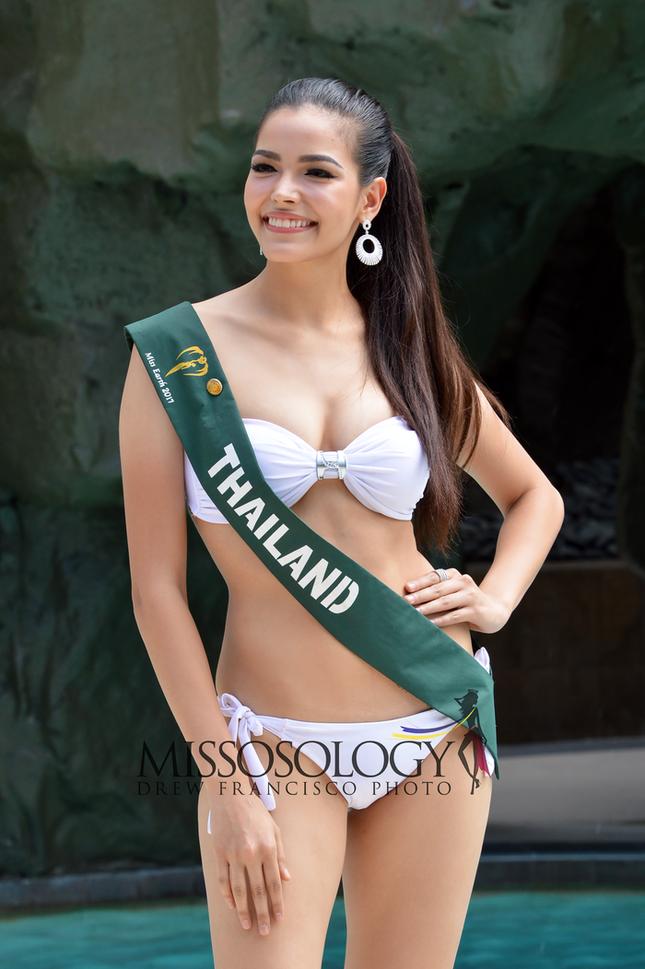 Thân hình nóng 'bỏng mắt' của tân Hoa hậu Hoàn vũ Thái Lan ảnh 8
