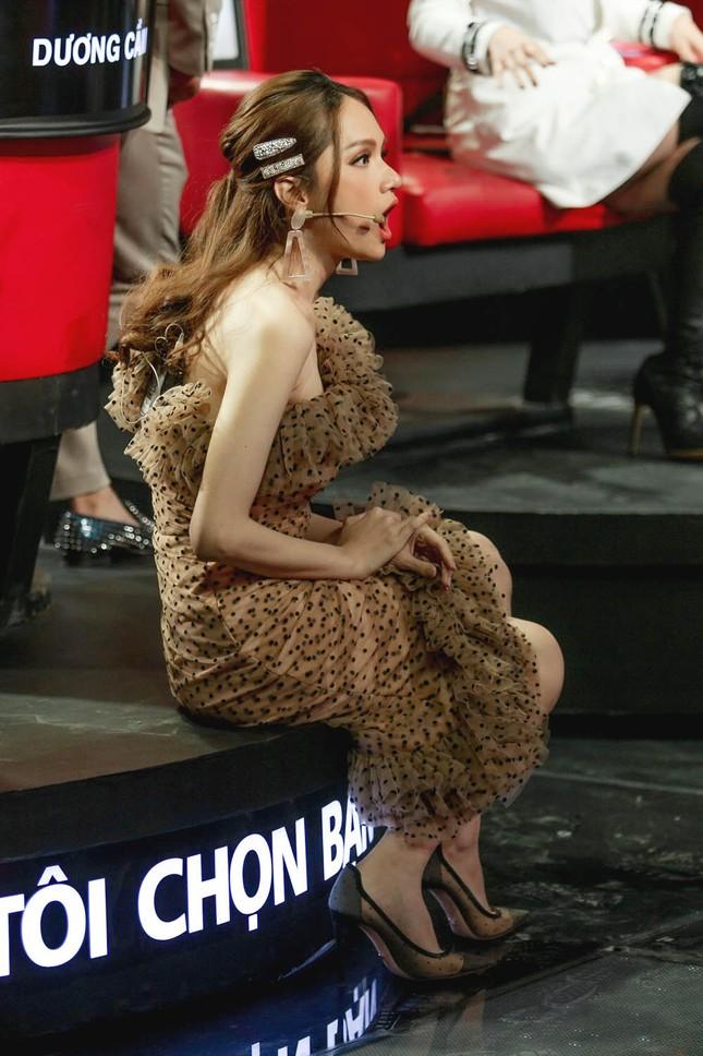 Hương Giang tuyên bố gây sốc: Hoa hậu mà còn hát hay chỉ có mình tôi ở Việt Nam ảnh 4