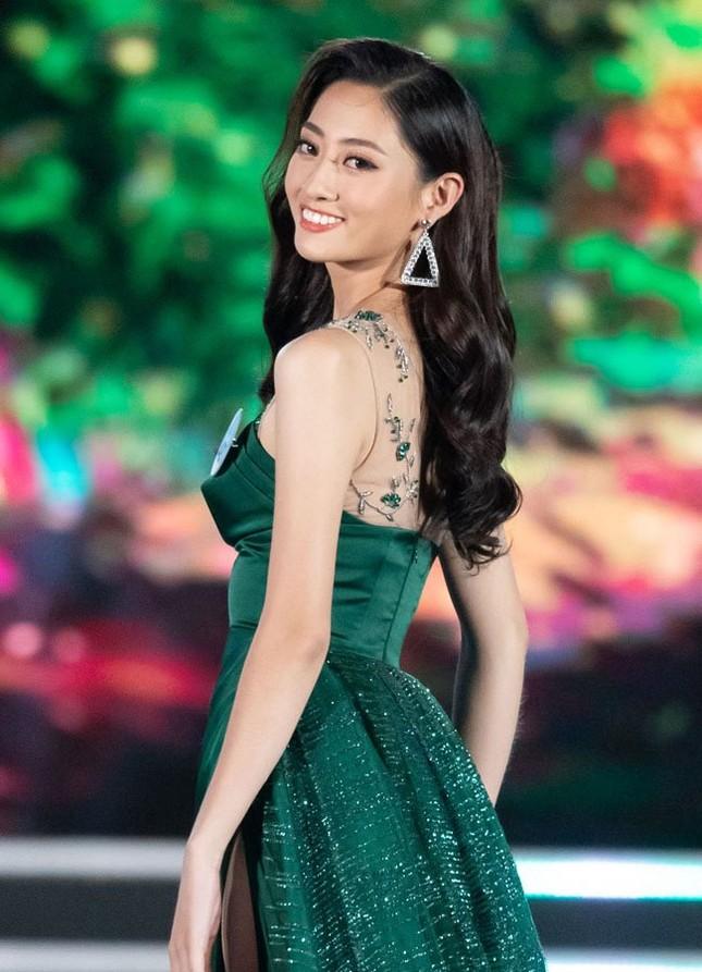 Lương Thuỳ Linh đăng quang Miss World Việt Nam 2019 ảnh 1
