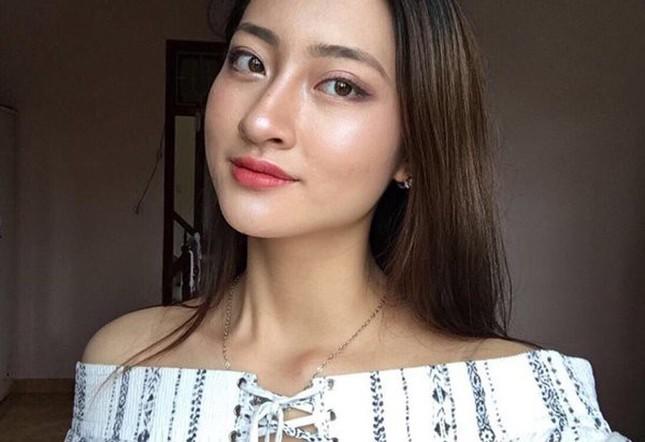 Mặt mộc xinh đẹp của Hoa hậu thế giới Vietnam Lương Thuỳ Linh ảnh 2