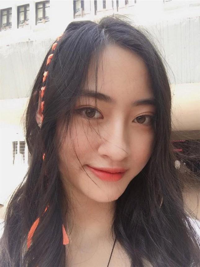 Mặt mộc xinh đẹp của Hoa hậu thế giới Vietnam Lương Thuỳ Linh ảnh 8