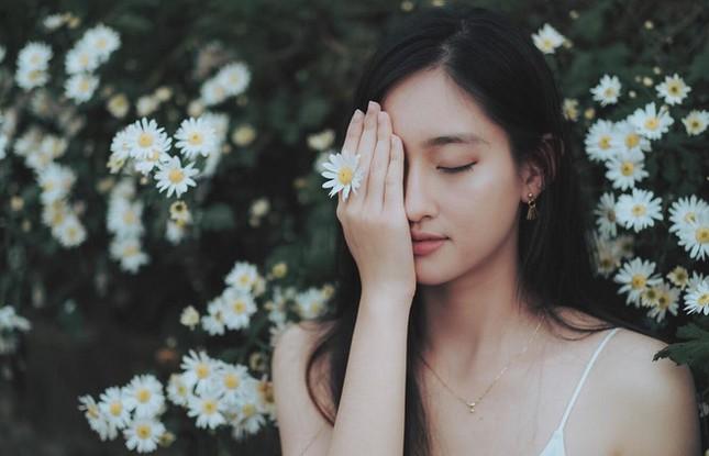 Mặt mộc xinh đẹp của Hoa hậu thế giới Vietnam Lương Thuỳ Linh ảnh 10
