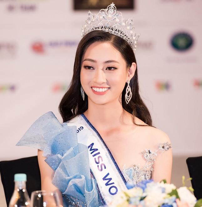 Hoa hậu thế giới Việt Nam Lương Thuỳ Linh tự tin trả lời về tin đồn mua giải ảnh 1