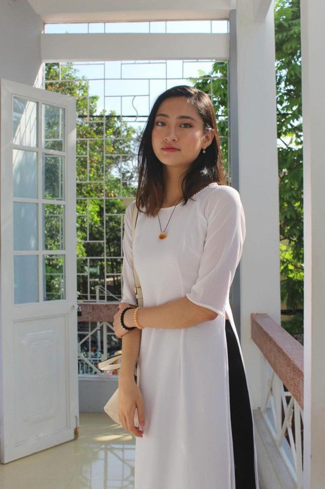 Mặt mộc xinh đẹp của Hoa hậu thế giới Vietnam Lương Thuỳ Linh ảnh 12