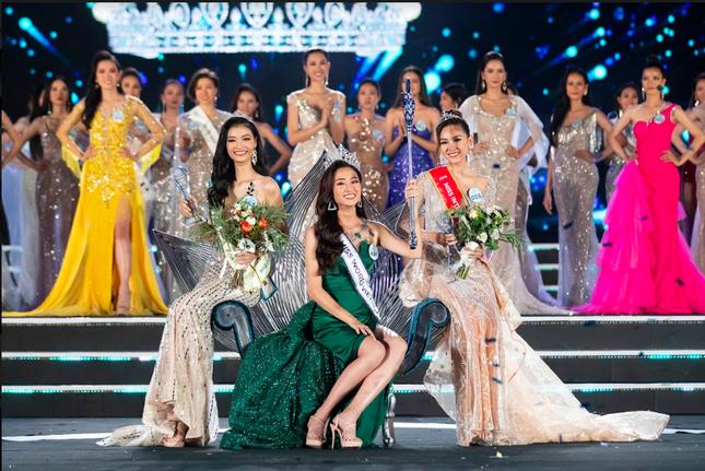 Những thành tích 'khủng' của tân Hoa hậu thế giới Việt Nam Lương Thuỳ Linh ảnh 1