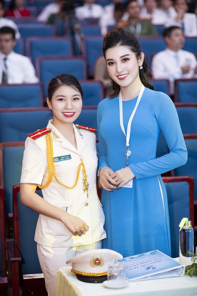 Á hậu Huyền My, Đình Trọng vào Ủy ban Hội LHTN Việt Nam thành phố Hà Nội ảnh 6