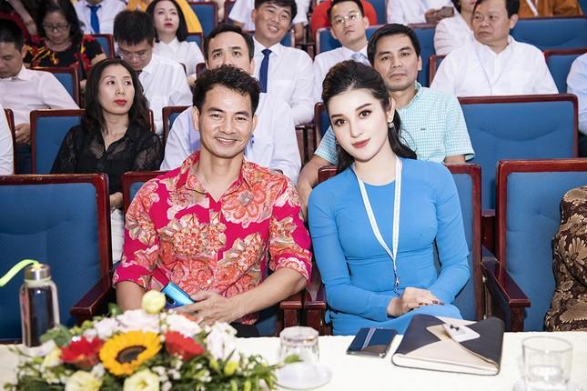 Á hậu Huyền My, Đình Trọng vào Ủy ban Hội LHTN Việt Nam thành phố Hà Nội ảnh 8