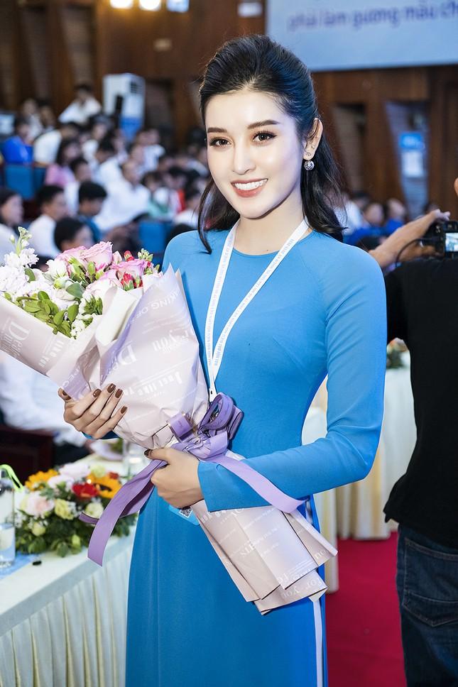 Á hậu Huyền My, Đình Trọng vào Ủy ban Hội LHTN Việt Nam thành phố Hà Nội ảnh 12