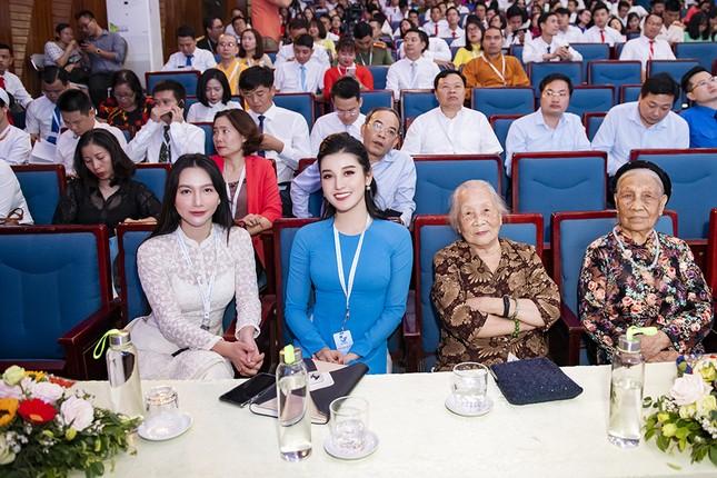 Á hậu Huyền My, Đình Trọng vào Ủy ban Hội LHTN Việt Nam thành phố Hà Nội ảnh 9