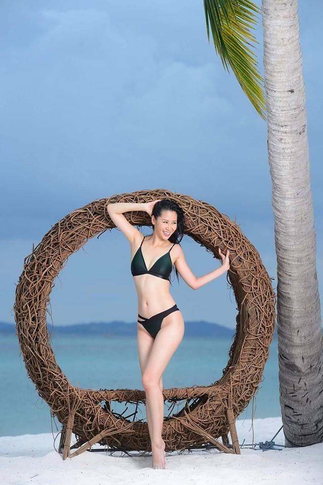 Dương Thuỳ Linh nóng bỏng với bikini, trao lại vương miện cho người kế nhiệm ảnh 1