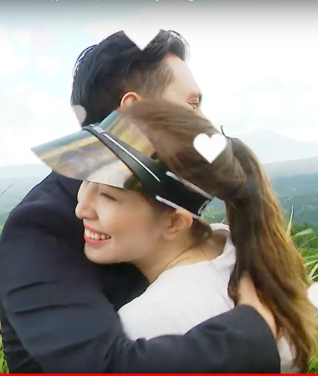 Việt Anh tái xuất sau thẩm mỹ, ôm Quỳnh Nga tình tứ trên truyền hình ảnh 9