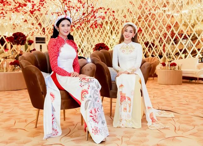 Hoa hậu Ngọc Hân, Á hậu Phương Nga dự đám cưới con gái của đại gia Ấn Độ ảnh 7