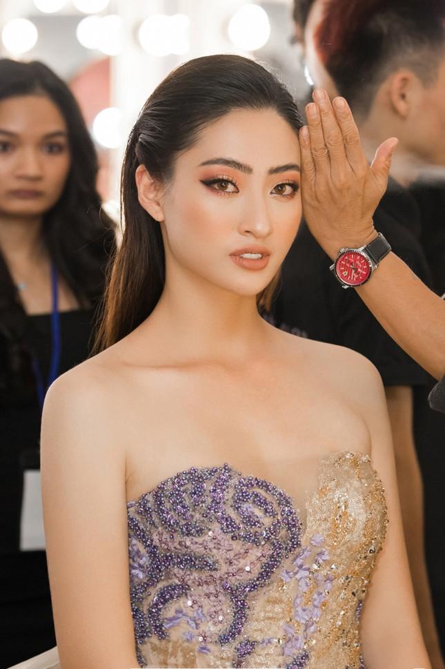 Xinh đẹp tựa 'nữ thần', Tiểu Vy đánh bật dàn sao đình đám giành giải Best Dress ảnh 9