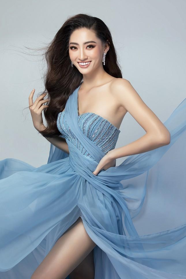 Lương Thuỳ Linh mặc váy xẻ khoe chân dài 'trứ danh' 1m22 ở phần thi Top Model ảnh 5