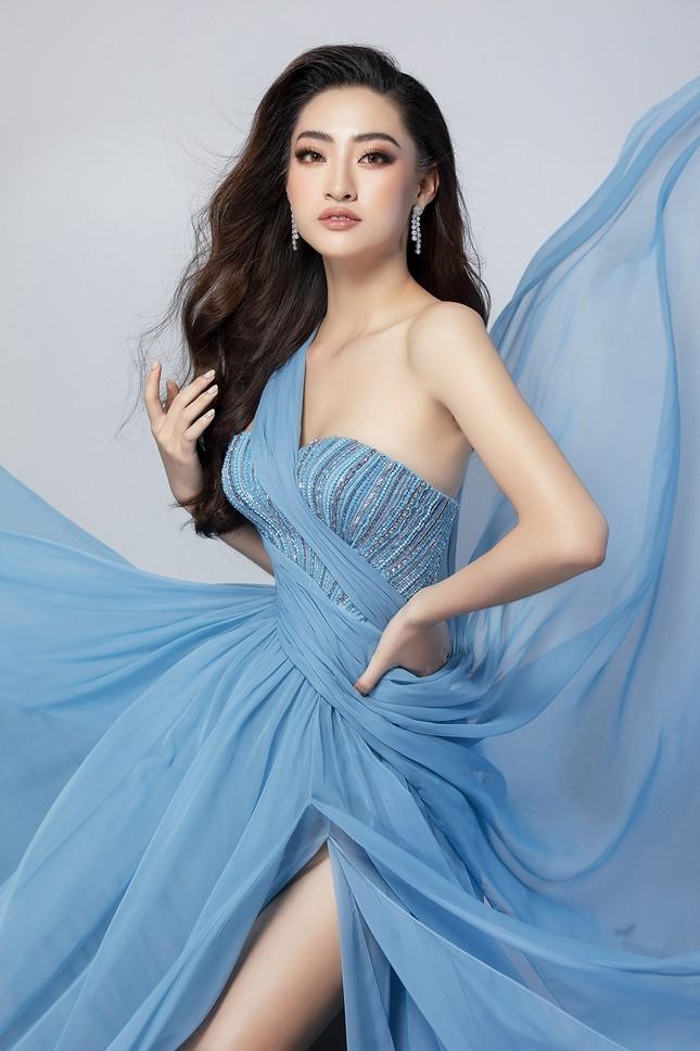 Lương Thuỳ Linh mặc váy xẻ khoe chân dài 'trứ danh' 1m22 ở phần thi Top Model ảnh 6