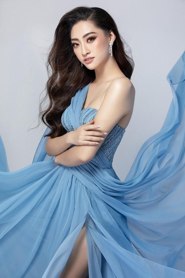 Lương Thuỳ Linh mặc váy xẻ khoe chân dài 'trứ danh' 1m22 ở phần thi Top Model ảnh 7