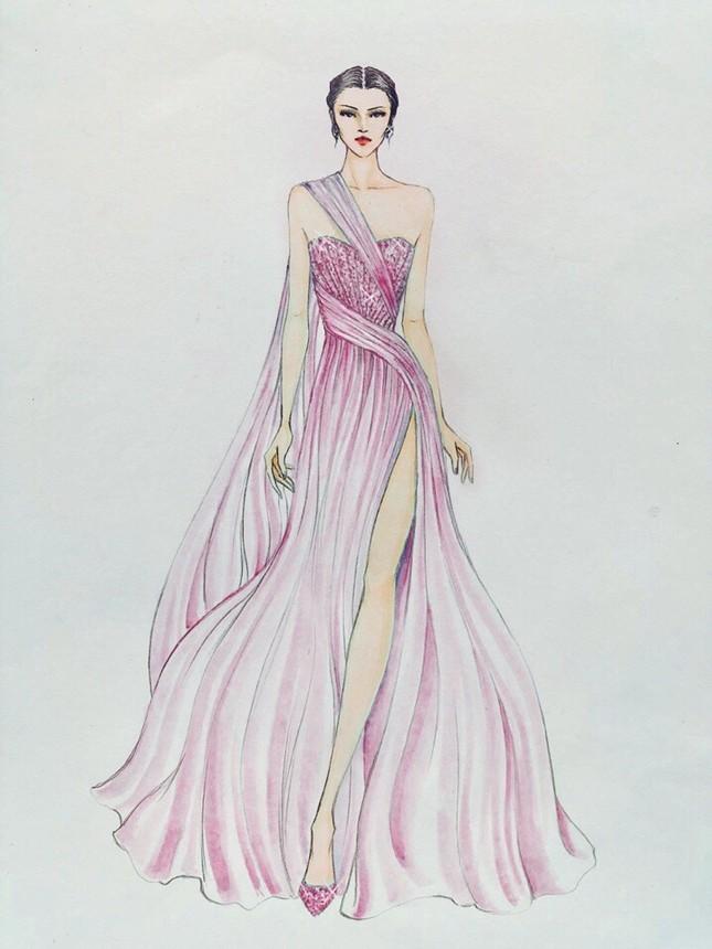 Lương Thuỳ Linh mặc váy xẻ khoe chân dài 'trứ danh' 1m22 ở phần thi Top Model ảnh 3