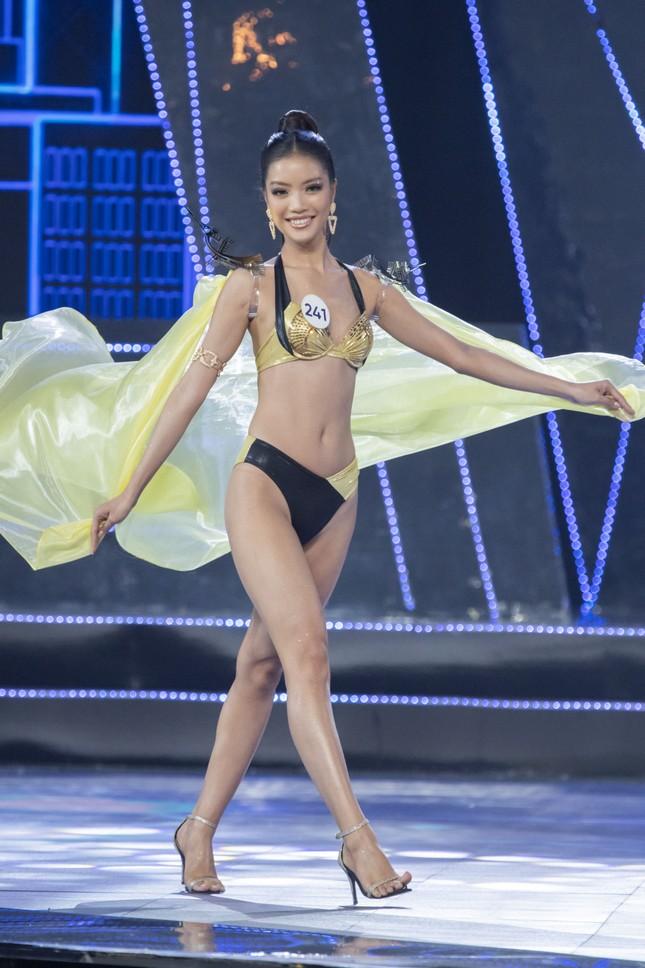 Top 15 Hoa hậu Hoàn vũ VN nóng bỏng diễn bikini với 'đôi cánh thiên thần' ảnh 12