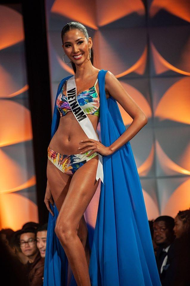 Nhìn lại hành trình với nhiều dấu ấn rực rỡ của Hoàng Thuỳ ở Miss Universe 2019 ảnh 11