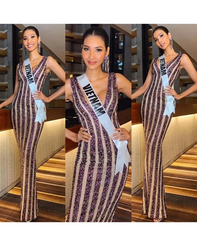Nhìn lại hành trình với nhiều dấu ấn rực rỡ của Hoàng Thuỳ ở Miss Universe 2019 ảnh 7