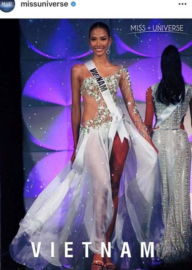 Nhìn lại hành trình với nhiều dấu ấn rực rỡ của Hoàng Thuỳ ở Miss Universe 2019 ảnh 16