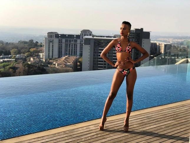 Nhan sắc nóng bỏng của mỹ nhân Nam Phi vừa đăng quang Hoa hậu Hoàn vũ 2019 ảnh 8