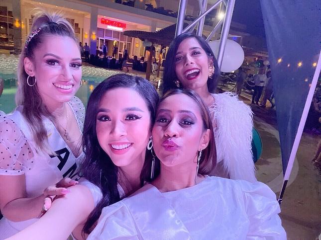 Á hậu Thuý An lần đầu chia sẻ sau đêm chung kết Hoa hậu Liên lục địa 2019 ảnh 7