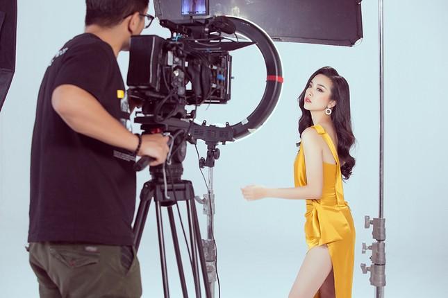 Á hậu Thuý An lần đầu chia sẻ sau đêm chung kết Hoa hậu Liên lục địa 2019 ảnh 9