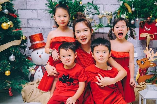 Ngất ngây ngắm loạt biệt thự của sao Việt lộng lẫy đón Giáng Sinh ảnh 9