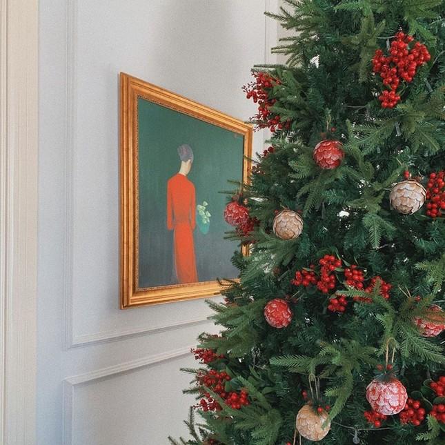 Ngất ngây ngắm loạt biệt thự của sao Việt lộng lẫy đón Giáng Sinh ảnh 16