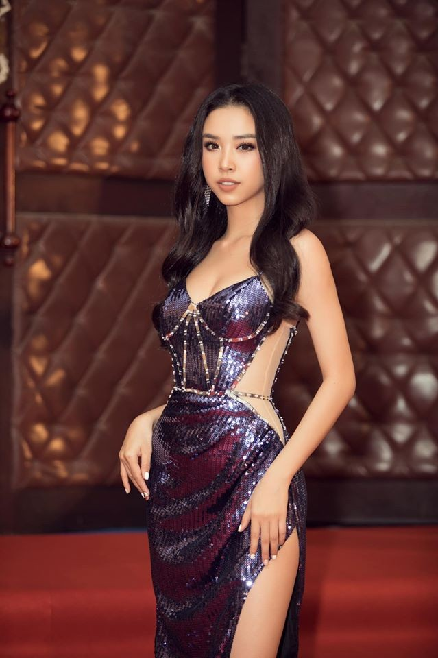 Á hậu Hoàng Thuỳ, Thuý An cùng diện váy cúp ngực khoe vòng 1 hút mắt ảnh 5