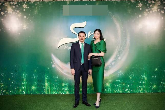 Minh Tú 'bỏng mắt' với bikini, Á hậu Thanh Tú thon thả sau khi sinh con ảnh 3
