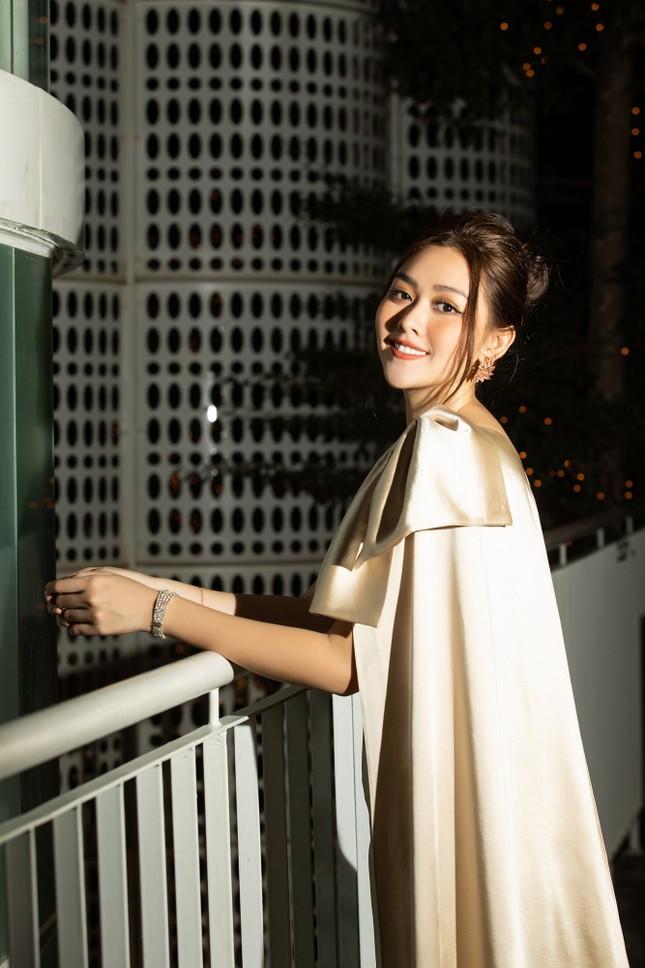 Dàn Hoa- Á hậu diện trang phục đồng điệu, khoe sắc nóng bỏng trên thảm đỏ ảnh 11