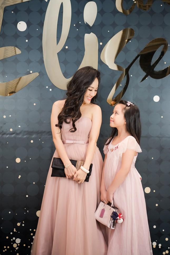 BTV Hoài Anh khoe con gái xinh đẹp, đáng yêu ảnh 2