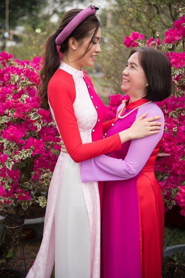Dàn Hoa, Á hậu khoe nhà đẹp trang hoàng lộng lẫy chuẩn bị đón Giao thừa ảnh 17