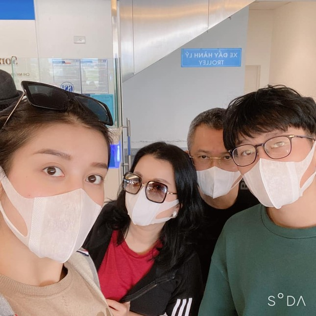 Dàn Hoa-Á hậu nêu cao cảnh giác, chia sẻ cách phòng chống dịch virus corona ảnh 9