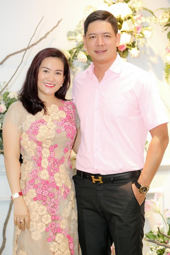 Hoa hậu Giáng My, em gái Lý Hùng đọ dáng gợi cảm với váy xuyên thấu ảnh 6
