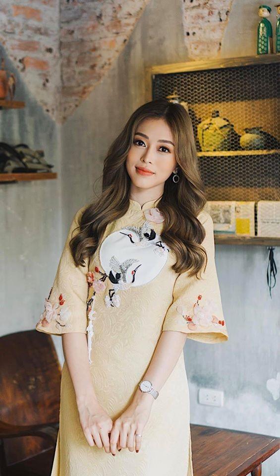 Á hậu Thuý An vai trần gợi cảm, Phương Nga dịu dàng áo dài đầu năm ảnh 3