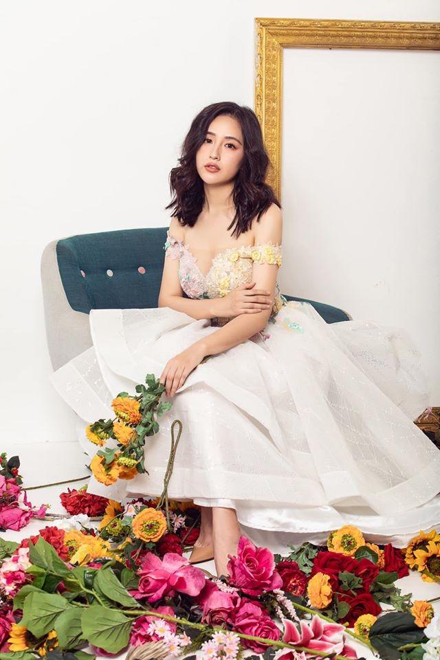 Mai Phương Thuý mặc dạ hội trễ nải vòng 1 nóng bỏng, hoá công chúa trong cổ tích ảnh 3