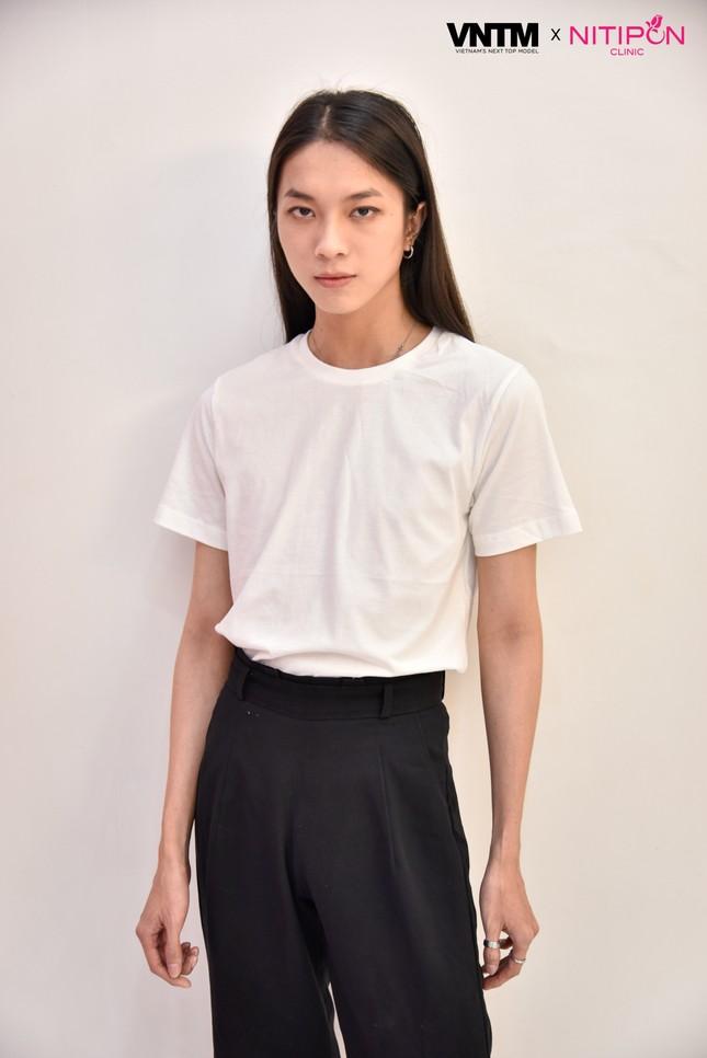 'Bản sao' của Hoàng Thuỳ lọt top 30 Vietnam's Next Top Model 2020 ảnh 7