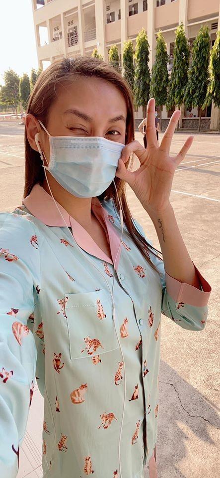 Hoa hậu Tiểu Vy, Lương Thuỳ Linh lo lắng khi Julia Morley mắc Covid-19 ảnh 4