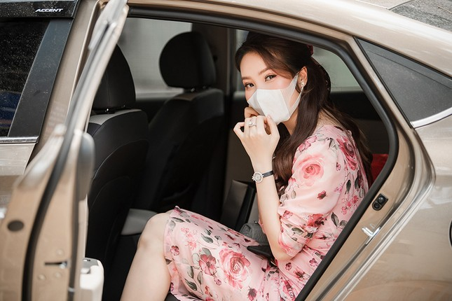 Đeo khẩu trang kín mít dự sự kiện, Á hậu Thuỵ Vân vẫn xinh đẹp đầy cuốn hút ảnh 12