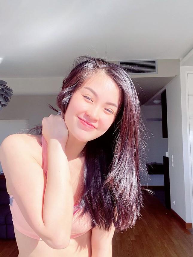 Mặt mộc sao Việt khi cách ly: Tiểu Vy đẹp không tì vết, H'hen Niê giản dị vẫn thần thái ảnh 5